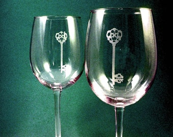 2 Wine Glasses - Skeleton Key
