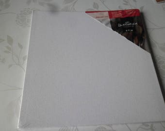 x 1 set of 3 white square canvas to paint/decorate 25 x 25 cm