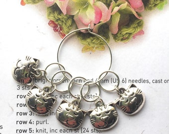 5 Stitch markers contented cats (knitting or crochet)