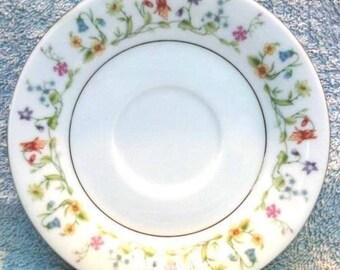China Saucer Set, Vintage
