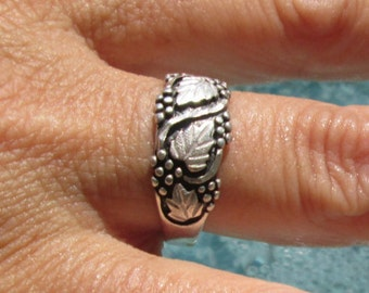 Black Hills Sterling Silver Ring Size 8.75