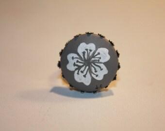 "Ring ""Laurette"" grey Fleur"