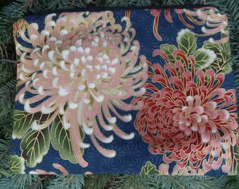 Japanese zip bag, makeup case, accessory bag, zippered pouch, zippered bag, Mums, The Scooter