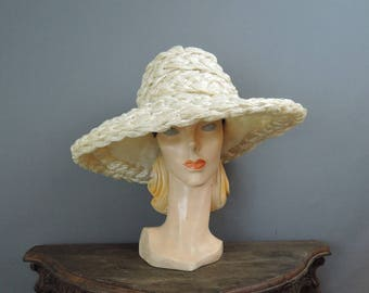 Vintage Hat Huge White Straw Raffia Wide Brim, Bullock's Wilshire Custom Millinery, 21 inch head