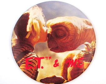 Vintage 1980s ET and Gertie Giant Button