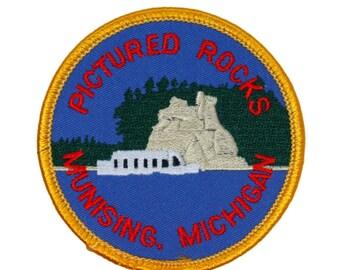 "Lakeshore ""Pictured Rocks Munising Michigan"" Patch Souvenir Iron-On Applique"