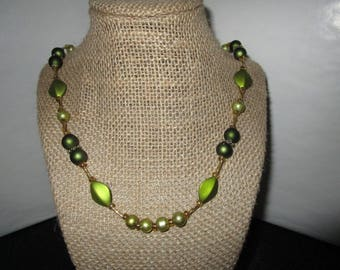 Assorted green Beaded Necklace