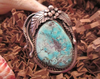 Breathtaking Old Navajo Sterling & Genuine Tyrone TURQUOISE Ring>High Grade Stone> Intense Sky Blue Color>>Impeccable Silver Work    -JNR123