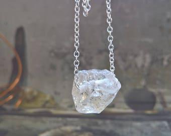 Raw Crystal Necklace,Raw Stone Jewelry,Quartz Crystal Necklace,White Stone Necklace,white quarz,