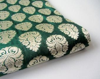 Emerald green beige gold silk brocade India - for 1/4 yard | fat quarter - fabric nr 652
