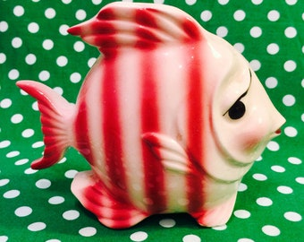Gilner Calif. Anthropomorphic Maroon and White Striped Fish Wall Pocket made in California circa 1950s