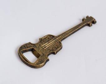 Vintage Brass Guitar Bottle Opener Vintage Dinnerware Tableware Bar Tools Collectable Guitar Beer Opener