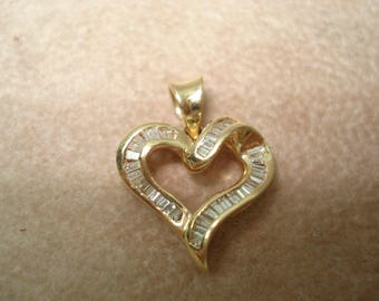 14 Kt Gold Baguette Diamond Heart Pendant