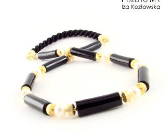 Black coral - necklace with coral and pearls