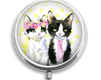 Cat Duo Watercolor Illustration Pill Box Case Trinket Box Vitamin Holder Medicine Box Mint Tin Gifts For Her
