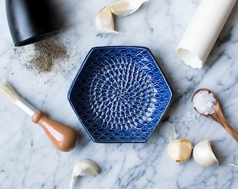 Garlic Grater Blue- The Grate Plate Ceramic Grater