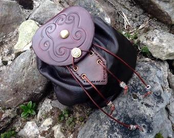 Celtic  spiral knotwork leather sporran bag