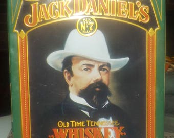 Vintage (c.1980s) Jack Daniels Old Time Tennessee Old No 7 Whiskey tin. Hinged lid. Country Gentleman. Barringer, Wallis, Manners England.