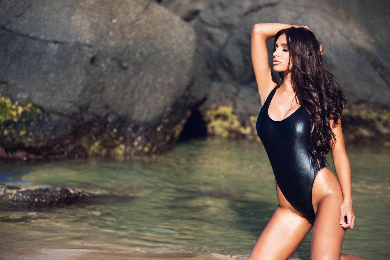 brazilian-cut-bikini-girls
