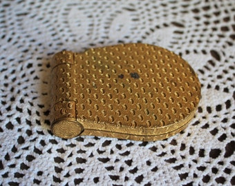 Vintage/gold/powder/compact/lipstick/compact. Missing the lipstick. Gorgeous gold compact. Great to clean up and use/gift/art deco. 1950s.