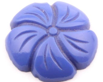 19mm vintage Czech realistic blue pansy flower art glass cabochon 244-30