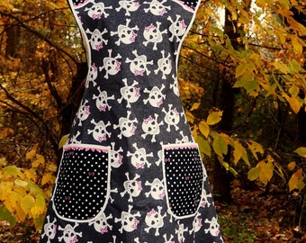 Homemade Vintage-inspired Apron, Rockabilly Skulls with Bows