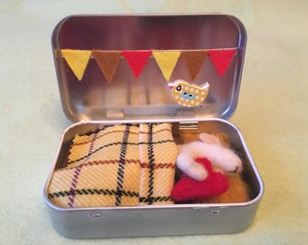 Needle Felted Love Mouse Sleeping In A Tin Box. Fibre Sculpture. Art Doll OOAK Made By The Felt Fairy