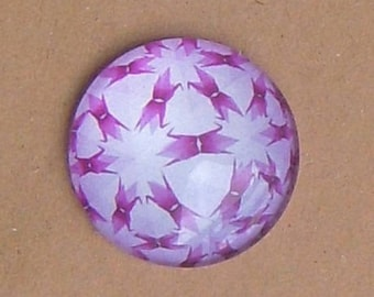 ROUND 25 MM GLASS CABOCHON HAS WHITE MOTIFS AND ROSES REF 18