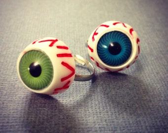 Eyeball Ring. Halloween. Spooky. Creepy. Resin. Green Eye. Blue Eye. Veins. Adjustable Silver Ring. Under 15. Cool Oddities. Unique. Weird