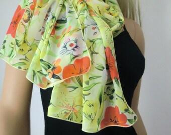 Green and yellow  Long tropical floral chiffon scarf -Parisian Neck Tissu