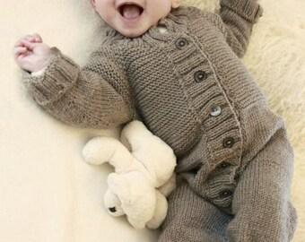 Baby romper, baby Strickstrampler from Merino