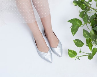 Silver flat wedding shoes / silver bridal shoes / silver flat shoes / stunning bridal shoes / cruelty free shoe / non leather / Silver shoes