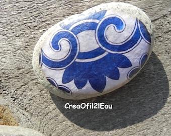 Very large Pebble interpretative way blue sulfide