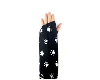 Fashionable Arm Cast Cover in Black Dog Paw for Short Arm Cast