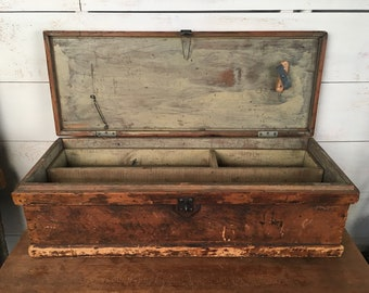 Primitive Wooden Tool Box - Storage Box, Dining Table Centerpiece, Antique Tool Chest