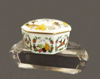 Vintage Music Box, Trinket Box, Autumn in New York, Romantic Love Songs, Franklin Porcelain, Musical Trinket Box, Made in Japan,