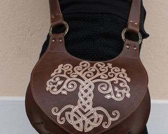 Sac celtique en cuir ; Besace escarcelle médiévale  en bandoulière ; Besace cuir entrelacs celtiques
