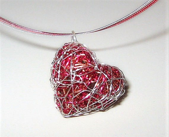 Red heart necklace heart jewelry wire heart sculpture cute