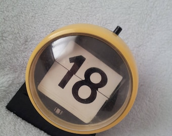 Groovy Space Age Egg Ball Vintage Perpetual Calendar