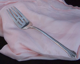 "Vintage 1939 Towle Sterling Silver Serving Piece Cold Meat Fork ""Silver Plumes"" pattern"