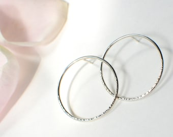 BULLES Earrings - Sterling Silver earrings - Hammered Silver - Large Hoops