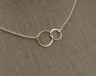 Interlocking rings necklace in sterling silver and bronze, two linked circles, interlocking circles, mixed metals, mother's day