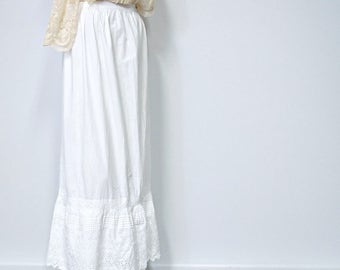 1800's Petticoat White Cotton Slip Skirt Small Lace Full Length Half Slip Size Small 26 Inch Waist