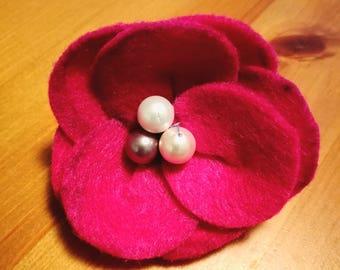 Pink felt flower clip/ broach