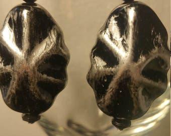 Silver nuggets earrings