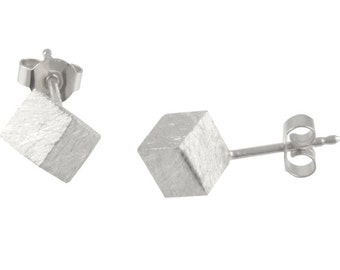 Silver ear studs - handmade cubes 6 mm (925 Sterling Silver) matted