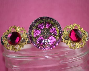 Fuschia button barrette