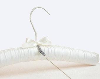 White Bridal Wedding Hanger, Bride Hanger, Bridal Party Hanger Gifts, Padded Satin Hanger, Satin Hanger, Silk Hanger,Vintage Bridal Hanger