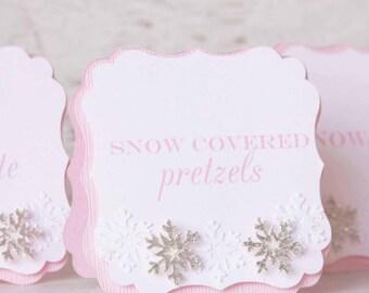l'hiver 1er anniversaire - candy buffet tags - table de buffet décorations - anniversaire nourriture signe - onederland pour fille - nourriture chevalets - flocon de neige