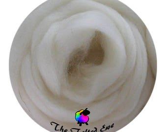 Needle Felting Wool Roving / ES1 Ivory Pebble Carded Wool Sliver